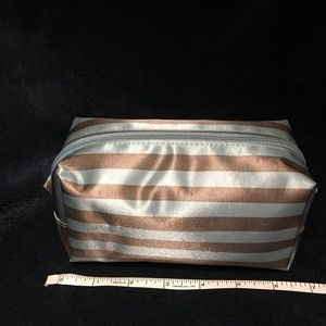 thirty-one Bags - Uptown Mini Pouch